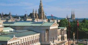 Виена - изкуство и култура, със самолет и обслужване на български език! Oтстъпки за ранни записвания!