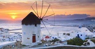 Почивка на остров Миконос! Потвърдена програма със самолет!