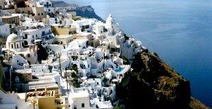 Великден на остров Санторини! Чартърна потвърдена програма от София!