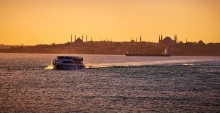 Истанбул - императорският град (от Бургас, Варна и Русе)