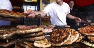 Лесковац - Карнавал на печеното месо - екскурзия с автобус