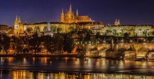 Коледна приказка в Прага - с включена вечеря на Бъдни вечер
