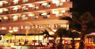НОВА ГОДИНА В МАРИНА Д'ОР – 3 нощувки в Gran Duque Hotel 4* с включени закуски, обеди и вечери, неограничени напитки + празнична галавечеря!