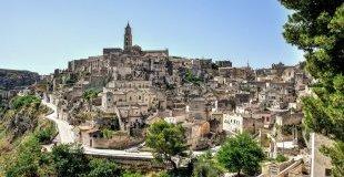 Чудата на Јужна Италија -> Неапол - Помпеја - Капри - Амалфи - Бари - Лече - Остуни - Алберобело - со авион!
