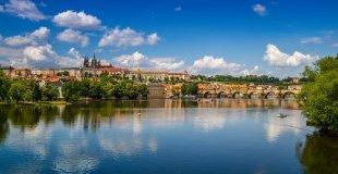 Екскурзия в Чехия - Златна Прага - Специална ваканционна програма за туристи над 55 години и приятели!